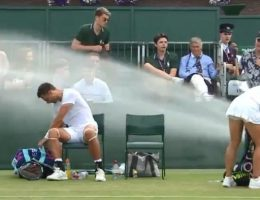 Rogue sprinkler soaks players at Wimbledon
