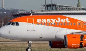 Coronavirus: EasyJet grounds entire fleet of planes due to virus