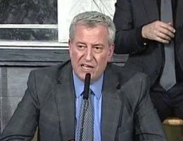 De Blasio refuses to shutter NYC schools over coronavirus despite union pressure