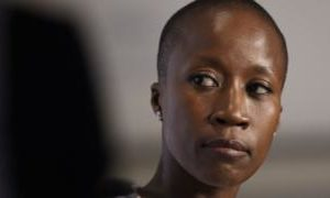 Rokia Traoré: Paris court releases Mali singer but backs extradition