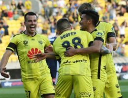 Wellington Phoenix commit to Australian stay but call for A-League to be postponed