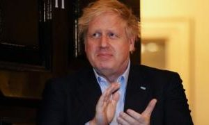Coronavirus: Boris Johnson stays isolated with mild symptoms