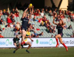 Footy in a state of limbo as SANFL, WAFL cope with season shutdowns