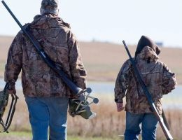 Coronavirus: People taking on hunting amid meat shortages in the US
