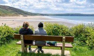 Coronavirus: Public urged to avoid England's beauty spots