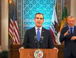 Los Angeles residents must wear masks outside home, Garcetti says