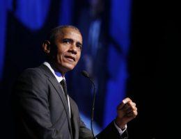 Obama criticizes virus response in online graduation speech