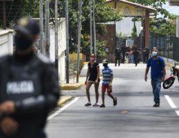 UN urges Venezuela's rival political leaders to resume talks