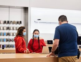 After reopening, Apple is closing stores in four states as COVID-19 numbers climb