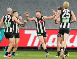 Blues beat Cats at Kardinia, Pies go top, Swans win