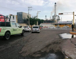 Failed attempt to attack Salamanca, Guanajuato refinery, with a vehicle that had 12 explosives