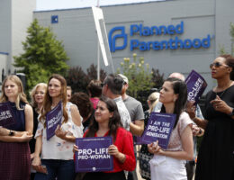 Missouri's remaining abortion clinic renews license after long court battle