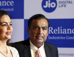 Mukesh Ambani nears deal with top sovereign funds from Middle East for Jio