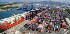 AMLO Announces the Militarization of Ports and Customs to Stop Smuggling and Drug Trafficking