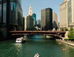 Chicago River boat capsizes; 9 rescued, child in critical condition, reports say