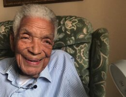 Earl Cameron: British film and TV star actor dies aged 102