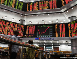 Foreign selling widens to RM637.2m Aside from the surging Covid-19 infections, the escalated tensions between the United States and China also became the centre of attention. Bernama 2 h ago 5
