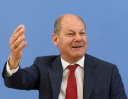 Rival parties take aim at Germany's Scholz over Wirecard scandal