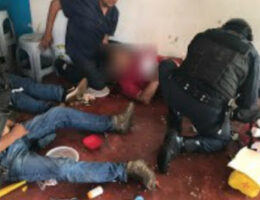 State of Mexico/Villa Victoria: Policeman and his Minor Sons Shot Dead in Ambush