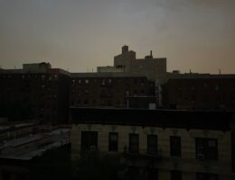 New York City power outage puts many Manhattan neighborhoods in the dark