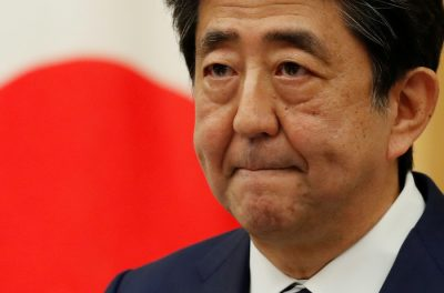 Japan's Prime Minister Shinzo Abe holds a news conference on Japan's response to the coronavirus disease (COVID-19), in Tokyo, Japan 25 May, 2020 (Photo: Reuters/Kim Kyung-Hoon).