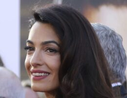 "Amal Clooney Quits UK Media Envoy Role Over Government's ""Lamentable"" Brexit Actions"
