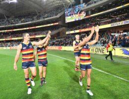 Carlton complete comeback win to reignite finals hopes