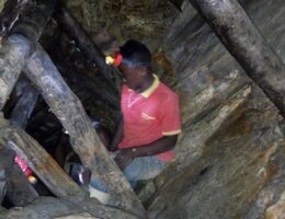 DR Congo gold mine collapse leaves 50 feared dead