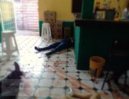 Guanajuato club massacre leaves 11 dead, message left, 2 dancers abducted, message left