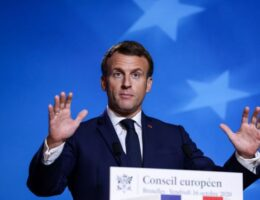 Macron 'using Brexit talks to boost standing in France'
