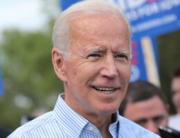Middle East Experts, Former US Ambassadors Endorse Biden for President