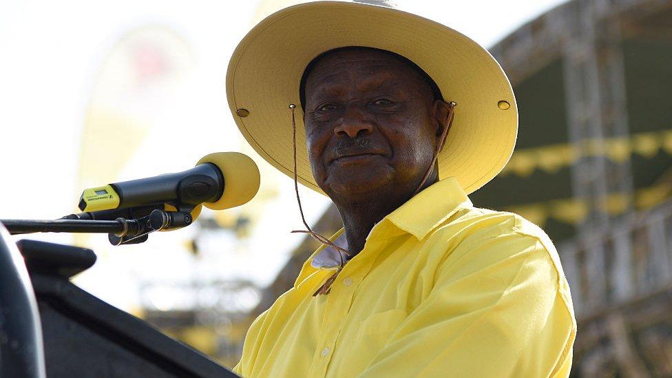 Uganda's President Yoweri Museveni dressed in yellow - 2016