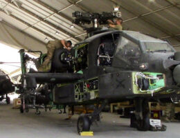 US Army Halts Apache Deliveries After Boeing Finds Improper Record-Keeping