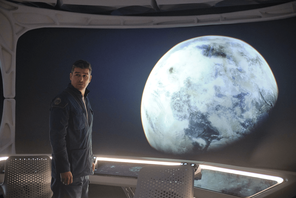sci fi original movie the midnight sky everything we know so far kyle chandler