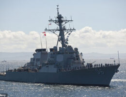 China Claims To Have Expelled US Warship From The South China Sea