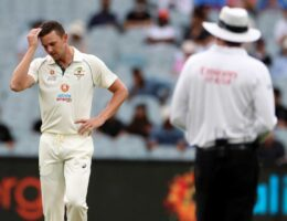 India reaches 5-277 as wasteful Aussies rue missed chances