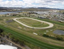 Trainers, jockeys sceptical about Elwick track being ready for Hobart's summer racing carnival