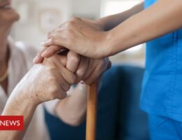 Covid vaccine to be required for England care home staff