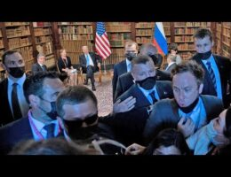 Swiss And Russian Security Manhandle US Press And Stop Them From Entering The Biden-Putin Summit