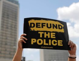 Axios Sees a Way out for Democrats on 'Defund the Police', but There's a Big Problem