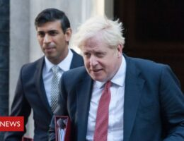 Covid-19: PM and chancellor self-isolate after rapid U-turn
