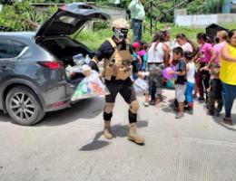 """Morelos: Alleged Hitmen Of """"El Señorón"""" Distributed Pantries And School Supplies"""