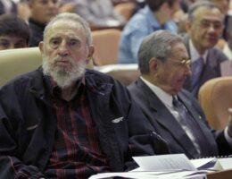 UFC Fighter Verbally Destroys Colin Kaepernick for Fidel Castro Love