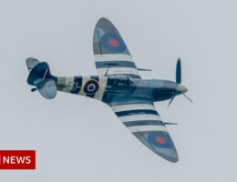 Ballykelly: RAF flypast honours bomber crew 80 years on