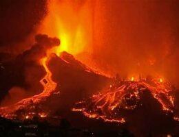 "Canary Islands Volcano Entering ""Explosive Phase"" – Flights Suspended (VIDEO)"