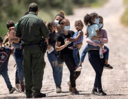 DHS Watchdog: Failure to Screen Migrants for COVID Put Staff, Towns at Risk