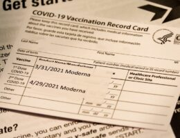 Hawaii to Roll Out Vaccine Passports at Restaurants, Bars, and Gyms