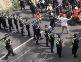 Hundreds Protest Mandates and Biden in New York, as Anti-Lockdown Protesters in Melbourne Stampede Cops
