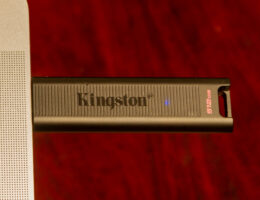 Kingston DataTraveler Max review: a small, high-speed 1TB USB-C flash drive