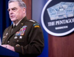 Pompeo, Christie Skeptical About Woodward, Want to Hear From Milley